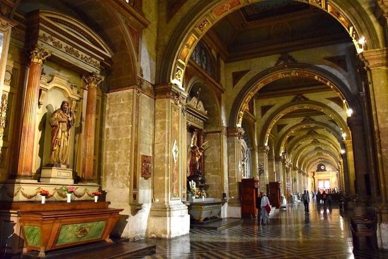 Interior da Catedral Metropolitana do Chile